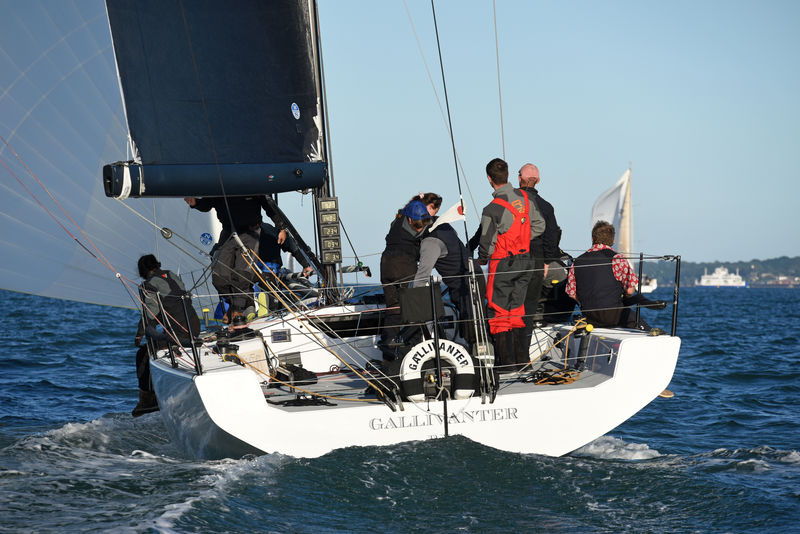 Competing in IRC 2, Tor McLaren's MAT1180 Gallivanter © Andrew Adams http://www.closehauledphotography.com/