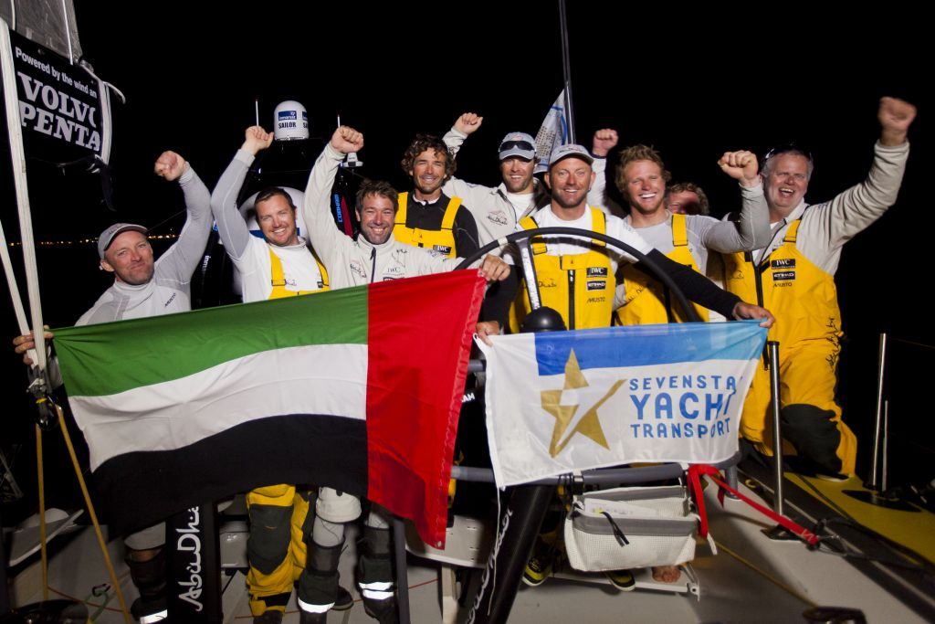 roman 140815 1261 the team celebrate finishing the race in a new record time of 4 days 13 hours 10 minutes and 28 seconds